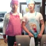 [โอ๊ปป้าเกาหลีTV]สองหนุ่มเกาหลี การทำผัดไทย // [오빠까올리] 팟타이 만들기